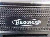 BERKSHIRE Portable DVD Player B9300 PORTABLE DVD PLAYER